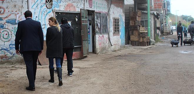 La Dra. Yael Bendel visitó el Barrio Rodrigo Bueno