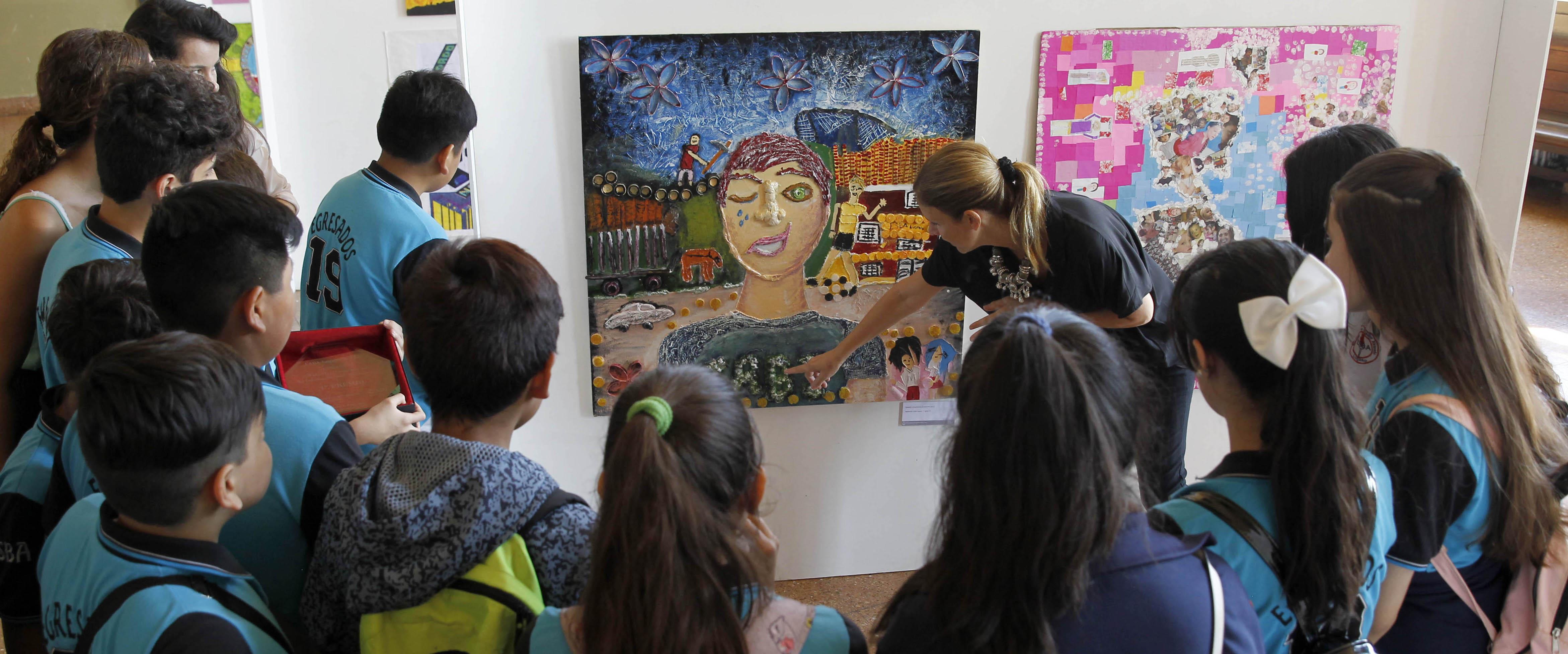 """Entrega de premios del concurso """"30 años de la Convención sobre los Derechos del Niño - Arte y Justicia"""""""